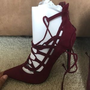 Shoe Dazzle Women's Burgundy Lace up heels